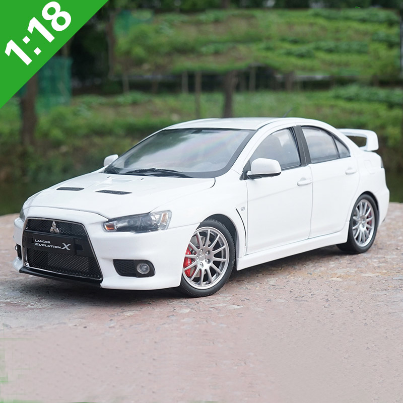 Mitsubishi Lancer Evolution X: 1:18Alloy Toy Vehicles Mitsubishi Lancer EVO X Sports Car