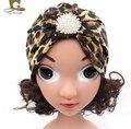 2016 meninas Novas Da Moda Hijab Turbante Chapéu com o crystal jewerly estampa de leopardo Headband Beanie Crochet Torção Turbante Headwear