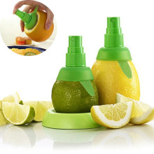 Creative Orange Juice Juicer Lemon Spray Mist Orange Fruit Gadge Sprayer Kitchen Cooking Tool