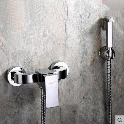4 Types bidet pulvérisation douche buse ensemble, 2 Trous mur monté de dispositif de chasse costume, cuivre froid et d'eau chaude bidet robinet