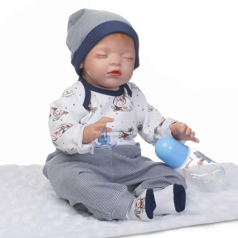 New Design Reborn Baby Dolls Model Looks Like Asleep 22 Inch Soft Silicone Baby Dolls So Truly Reborn Boneca Kids Birthday Gifts scream street looks like trouble