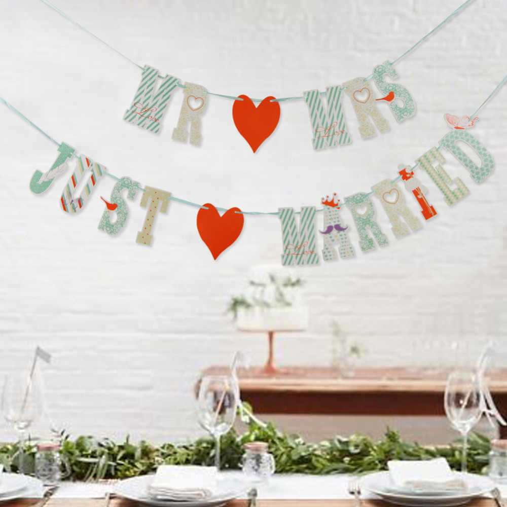 "Patterned ""MR AND MRS""  ""JUST MARRIED"" Wedding Banner Wedding Sign Wedding Party Bunting Garland Photo Prop for Table Car Decor"