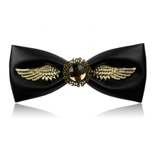 New fashion Bow Ties For Groom Men Butterfly solid color Bowtie creative bowtie Men's Suit's accessories Free shipping 2019 fashion bow ties for groom men butterfly colorful bowtie creative feather decor bowtie men s suit s accessories