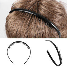 be52a82f263 1 PC Men s Fashion Black Metal Toothed Sports Hair band Football Soccer  Headband Alice Hair Band