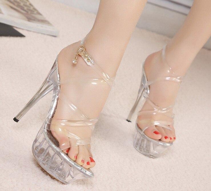218e3bee35 Sandálias Pvc Feminina 43 Tamanho Alto Sapatos Cinta casamento Transparent  Cristal Salto Plataforma Gladiador De Cruz Para Grande Mulheres ...