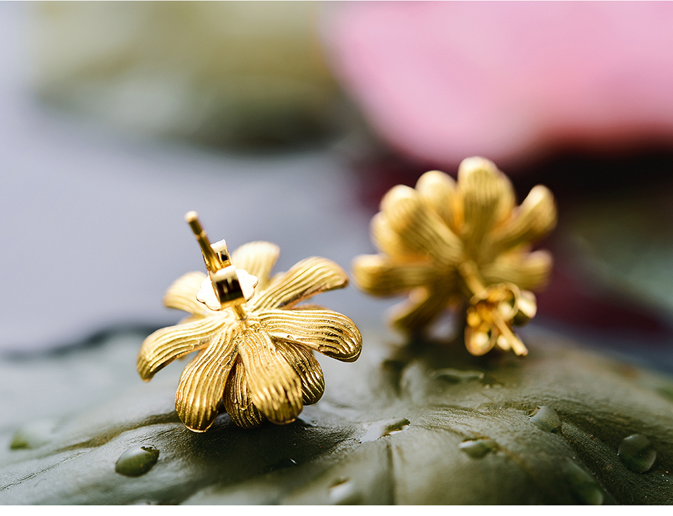 LFJA0005-Blooming-Lotus-Stud-Earrings_06