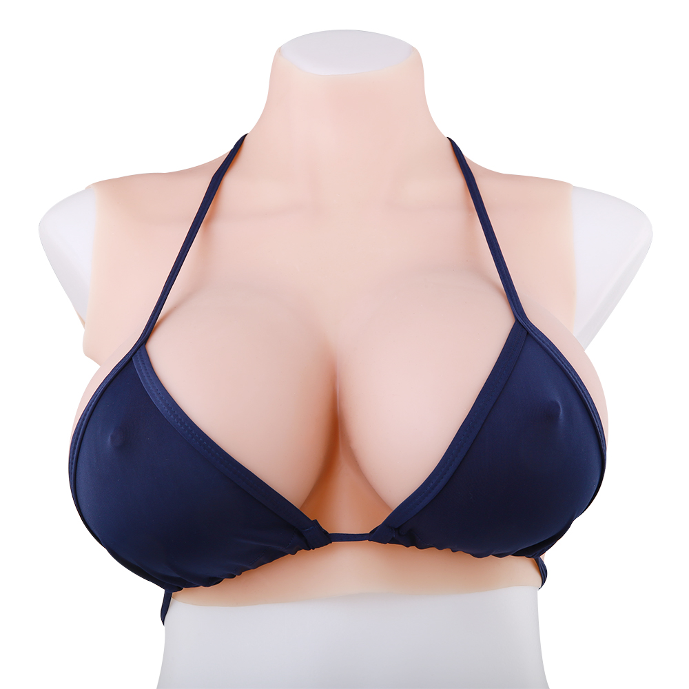 The Best Sports Bras For Large Breasts, According To Customer Reviews