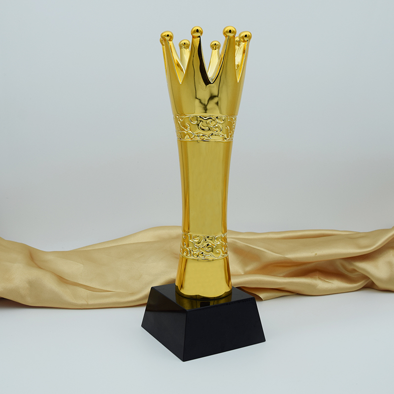 ФОТО 2016 New Arrival High-Grade Resin Crown Trophy Custom Metal Trophies Creative Model Souvenirs Logo can Custom Made