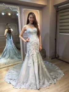 Image 4 - Vinca ensolarado modesto 2019 real foto cinza branco vestidos de casamento sereia querida corpete rendas acima volta nupcial vestido feito sob encomenda