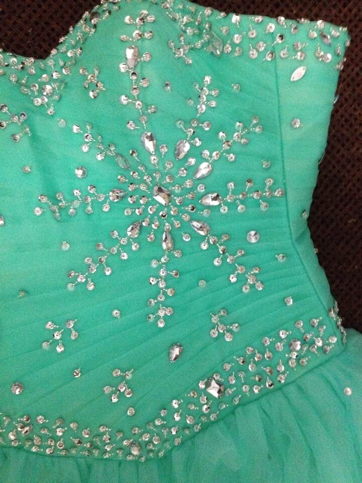 In Stock New Beaded Sweetheart Flowing Skirt Sage Cheap Tulle Quinceanera Dresses Ball Gown Prom Dresses 2-4-6-8-10-12-14-16