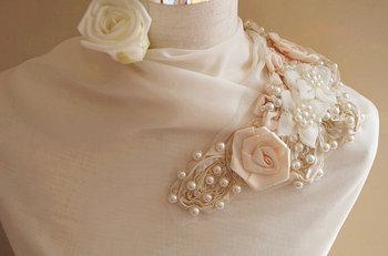 Pearl Beading applique, rosette fabric applique, bridal applique, corsage, fabric applique, bead emblishment 5 pieces фото