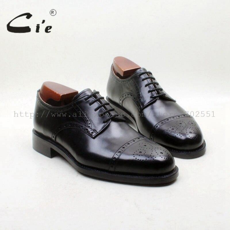 Envío Libre A Medida Hecho A Mano Casquillo Del Dedo Del Pie Redondo Tallado Agujero cie Derby Zapatos con cordones Sólidos Hombres de Cuero de Becerro Negro Zapato de la Oficina D226