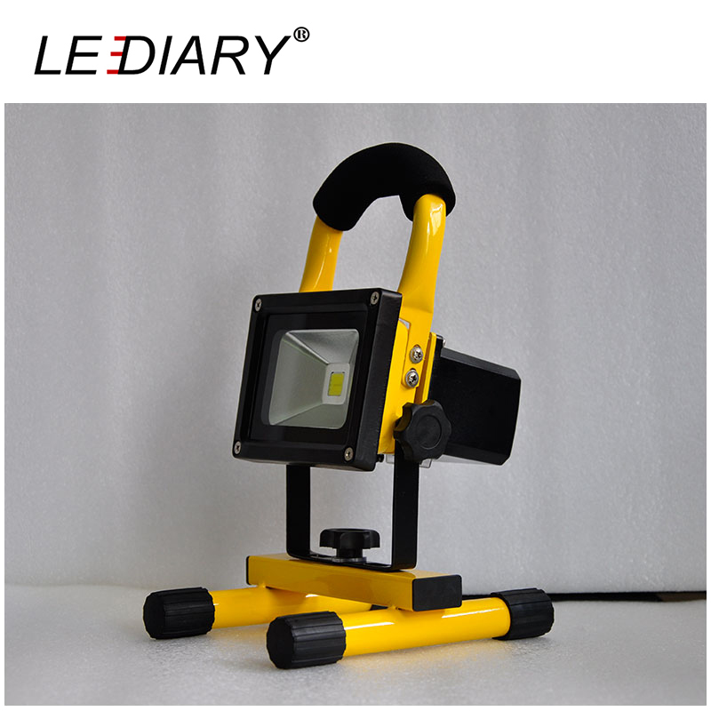 ФОТО LEDIARY Portable IP65 LED Floodlight Rechargeable Cold White 5/10/20/30/50w Outside Camping Lamp Emergency Light With Charger