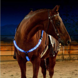 LED Horse Chest Straps Breastplate Collar Night Visible Equestrian Horse Riding Equipment Cheval Paardensport Racing