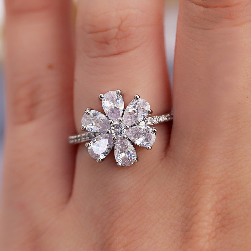 USTAR Sparkly Cubic Zirconia Flower Wedding Rings for women Fashion jewelry Silver Plated Promise Engagement Rings Female Anel in Wedding Bands from Jewelry Accessories