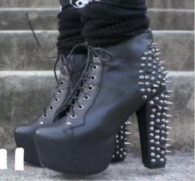 1b7538f48cb Botas de tobillo con remaches tachonados para mujer Zapatos de tacón alto  Mujer Punk remache motocicleta botines de plataforma con cordones zapatos  de ...
