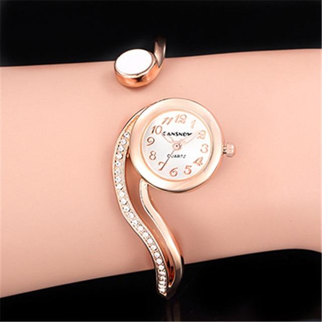 Las mujeres relojes de lujo 2021 pulsera de reloj de oro/plata Dial pequeño Dial vestido cuarzo reloj de pulsera de regalo para las mujeres, reloj de mujer 2