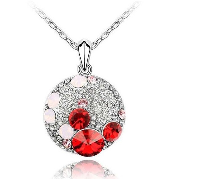 (Minimum order $ 15)Free Shipping Fashion Austria Crystal rhinestone ball Mickey Necklace wholesale