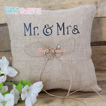 15cm Vintage Mr Mrs arpillera cojín con encaje y lazo para anillo rústico boda anillo portador almohada cojín suministros de decoración de fiesta