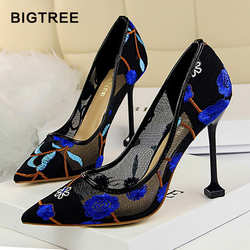 Floral Embroidered Heels Women Pumps Solid Pointed High Heels Toe Shallow Fashion High Heels 10cm Shoes Women Wedding Shoes floral embroidered heels women pumps solid pointed high heels toe shallow fashion high heels 10cm shoes women wedding shoes