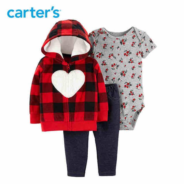 4472a0544b6e0e R$ 152.98 |Carter 3 pcs Outono inverno com capuz de lã de manga longa  jaqueta de algodão floral impressão bodysuit do bebê roupas de menina ...