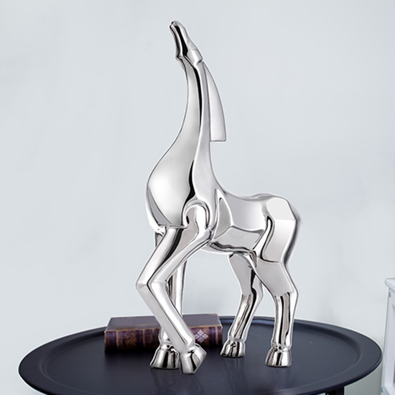 Hot Silver-plated Ceramic Horse Elegant Animal Decoration Home Decorations Crafts Ceramic Crafts Electroplating Valentines GiftHot Silver-plated Ceramic Horse Elegant Animal Decoration Home Decorations Crafts Ceramic Crafts Electroplating Valentines Gift