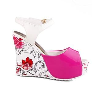Karinluna/Элегантные женские летние туфли на высокой танкетке с цветами, женские туфли сандалии на платформе, большие размеры 33-43, 2019