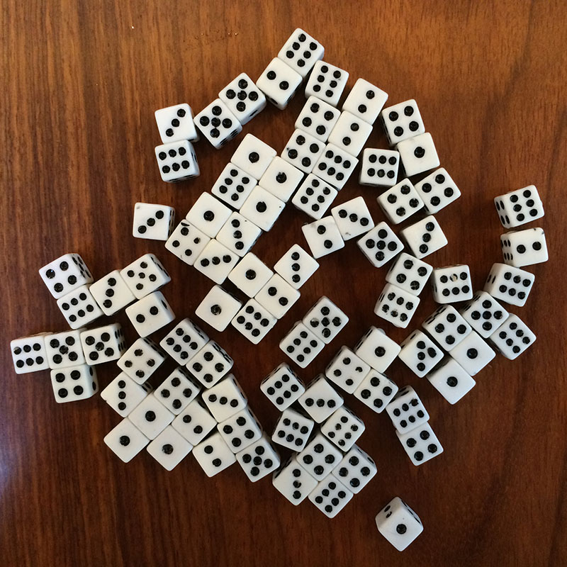 50PCS Plastic White 8mm Gaming Dice Birthday Parties Board Game Standard Six Sided Decider Die