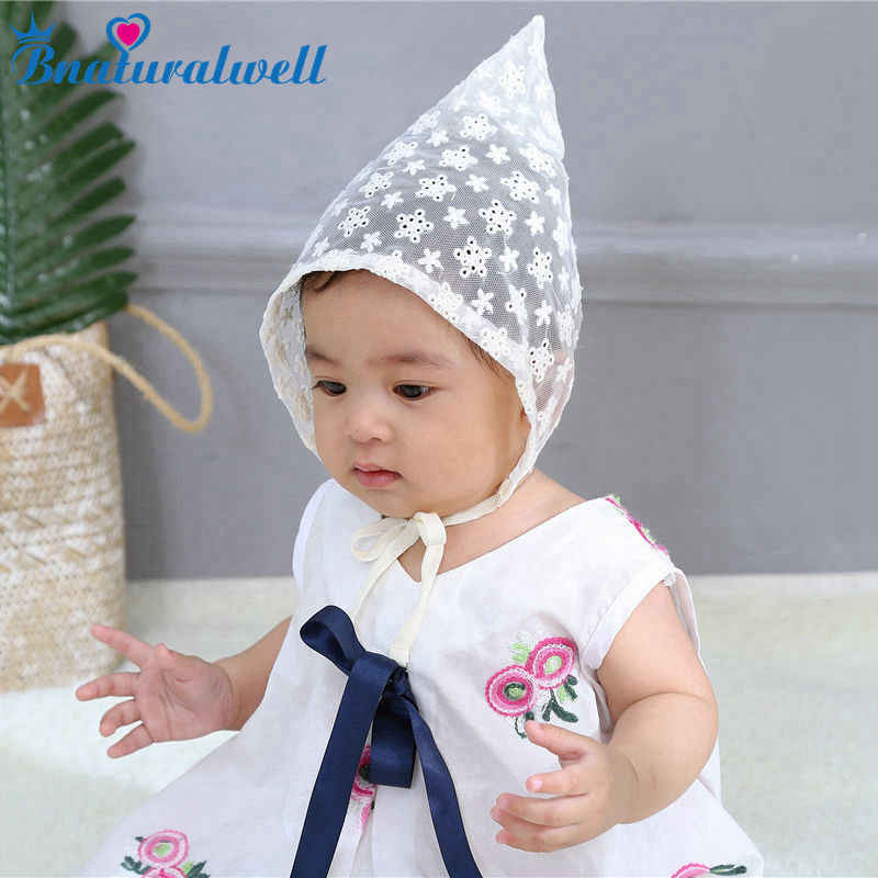 Bnaturalwell Infant Floral Bonnet Retro Lace Beanie Hat Baby Girls Chapeau  Nordic Vintage Lace Toddler Bonnet 30eb9c9599b6