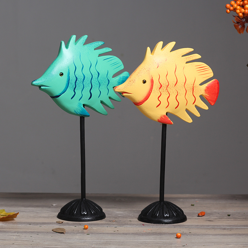Creative Nordic Style Dekor Wood carved decoration lover Fish Office Desk Decor Bar Entrance Hall ornaments wedding wooden gifts
