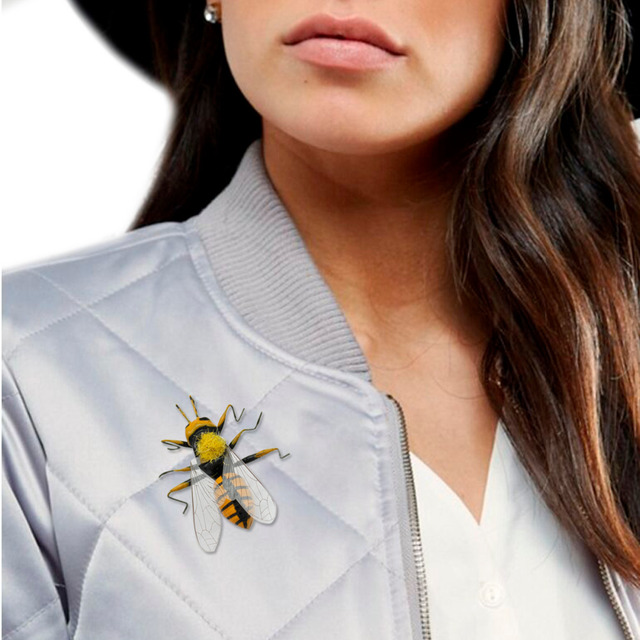 2295bac21fb Art Nouveau Bumble Honey Bee Wing Insect Bug Hat Tie Lapel Pin Badge Brooch  Silver Jewelry