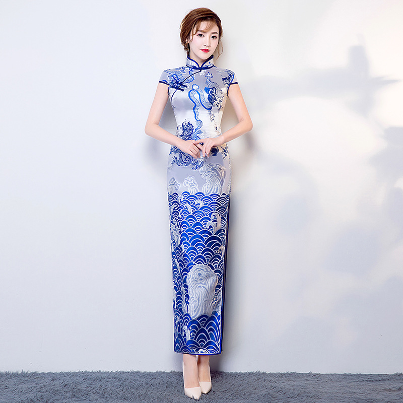 2018 Satin bleu Long Cheongsam chinois National dame Dragon Qipao fait à la main bouton haut fendu Sexy robe S M L XL XXL A-118