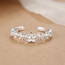 Finger Rings Plum Blossom Shape Simple Style For Man Boy and Girl Friendship Gift Wholesale Jewelry Women's Shining