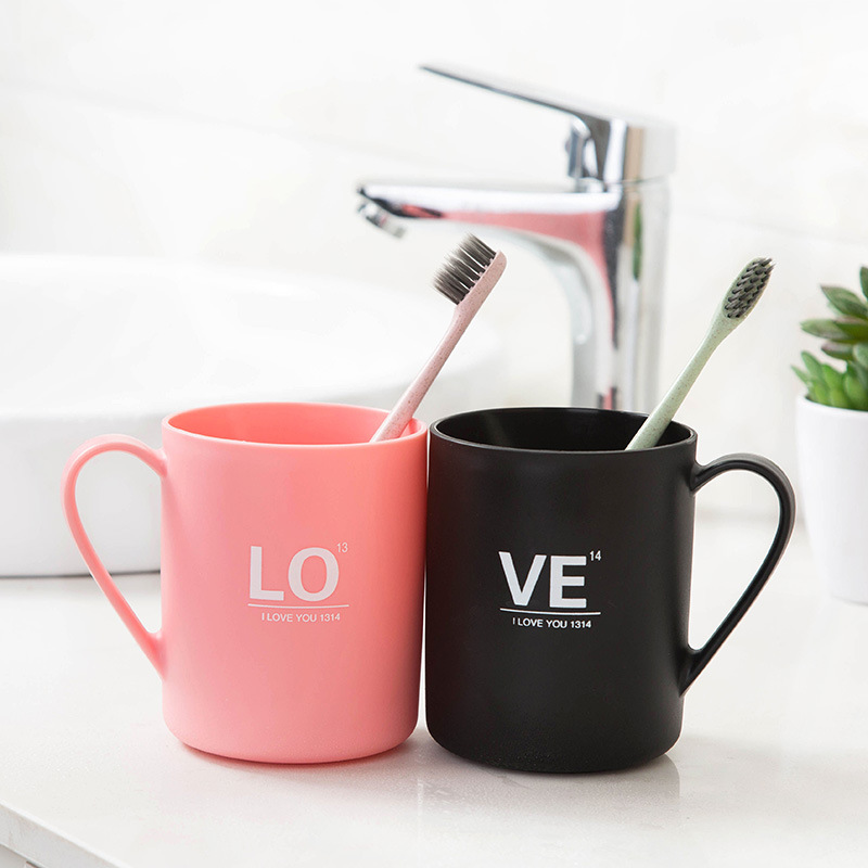 Plastic Brush Organizer Cup LOVE Letter Print Mug Drink Cup CP Couples Toothbrush Mug Brush Holder Bathroom Accessories Set CF35