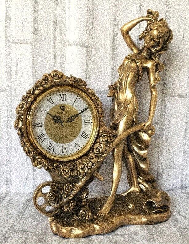 Horloge de siège silencieuse européenne grande horloge de bureau horloge artisanale pendule créative rétro horloge de luxe salon