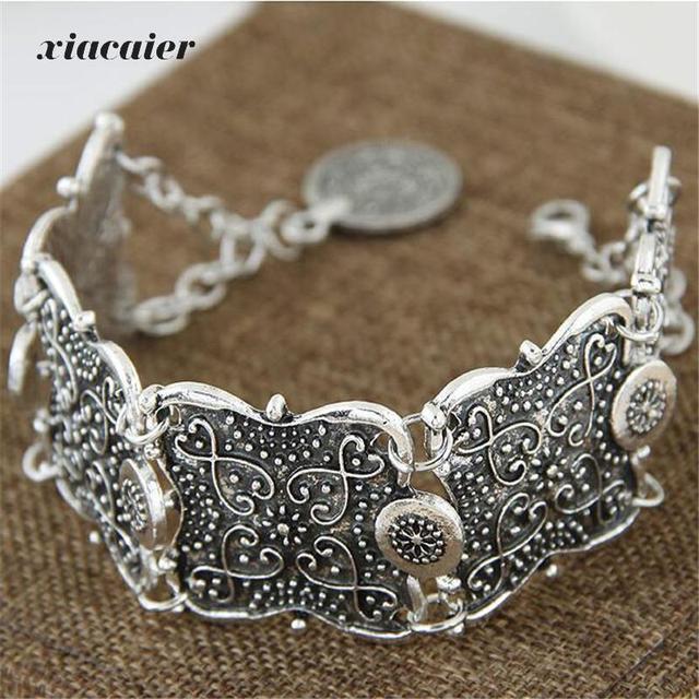 xiacaier Vintage Silver Plated Hollow Flower Cuff Bracelet Bangle Bracelets For Women Round Charm Bracelet Femme Jewelry