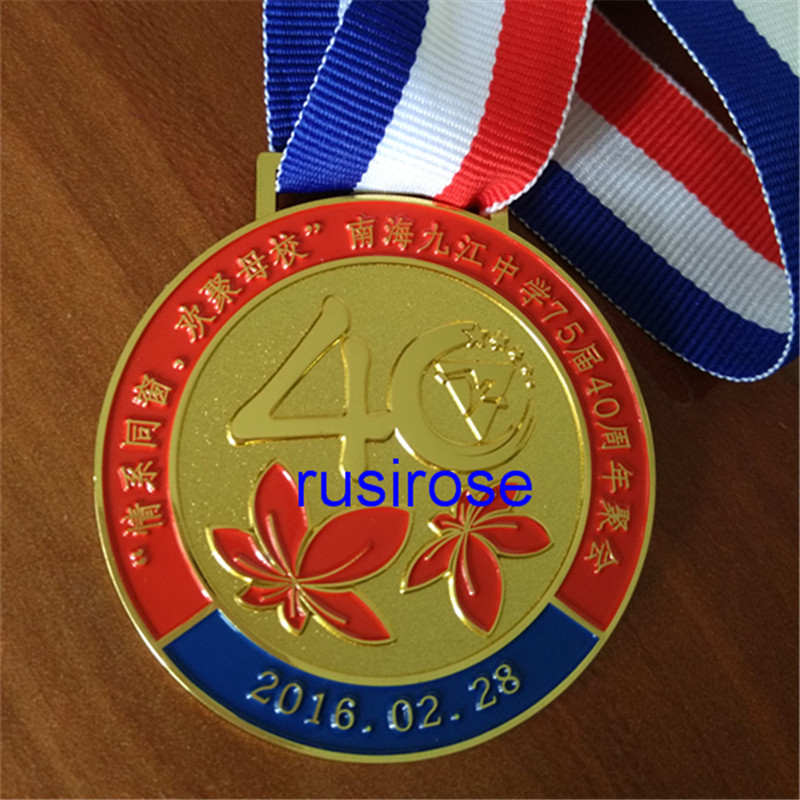 US $1 0 |Personalized custom metal medal, custom medals gathering of  students, 40th anniversary celebration of medals Medal Custom-in Pins &  Badges