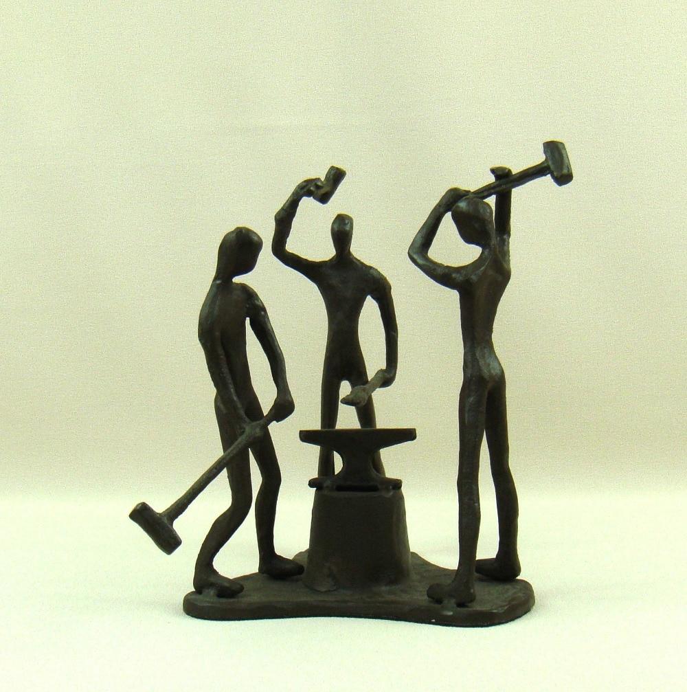 Novelty ornaments - Abstract Foundry Iron Blacksmith Figurine Handmade Metal Ironworker Miniature Novelty Desktop Decoration Art And Craft Ornament
