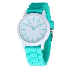 Nuevo Diseñador de Moda de Ginebra Mujer marca deportiva de silicona reloj de la jalea del reloj 17 colores reloj de cuarzo para las mujeres relojes mujer 299
