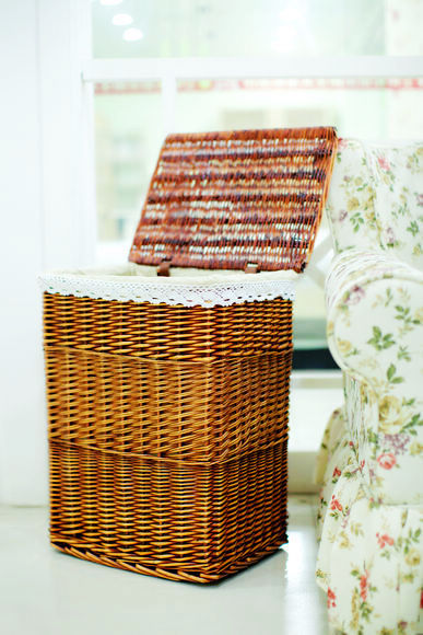 New Style Wicker Laundry Basket With Lid And Fabric Lining Large Willow Storage Baskets
