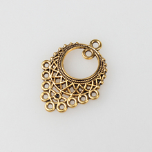 Linker 10pcs Hollow Out Round Connector Zinc Alloy Golden Earrings Porous Connector Charms Pendant For DIY Jewelry Accessories