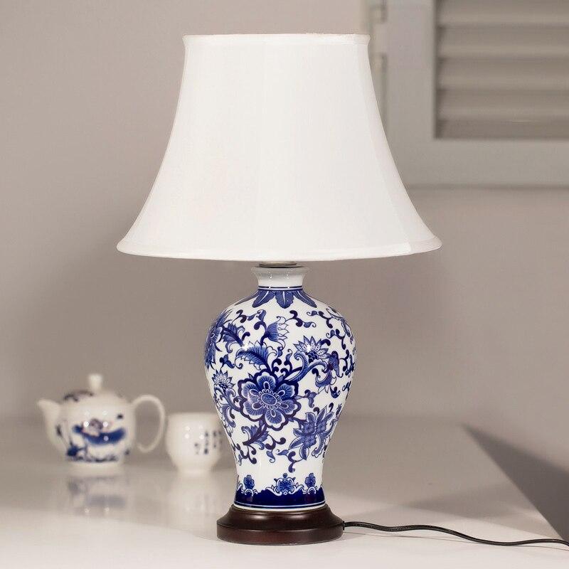 Vanilla Lighting Chinese Jingdezhen Blue And White Ceramic Lamp
