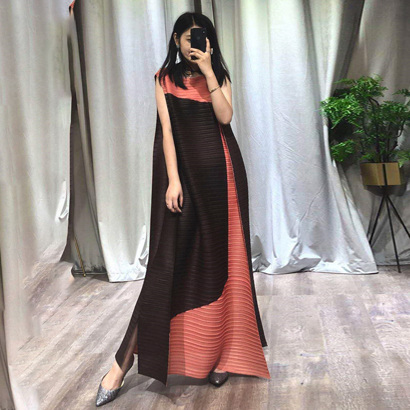 LANMREM 2019 Summer Fahion New Pleated Clothes For Women Contrast Color Longuette Hihg Quality Temperament Sleeveless