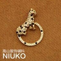 Exquisite gold leopard Hoop Pin Brooch for women DIY jewelry accessories