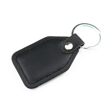Fashoin 3D Metal+Leather Emblem Car Keychain Key Chain Key Ring Keyring For Opel Lada Renault Auto Accessories