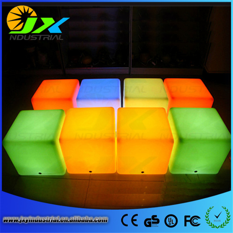 30*30*30cm Plastic LED Cube Bar Stool Color Changing Luminous Chair For Home Wedding Ceremony Party led luminous bar table plastic color changing coffee dining room garden drinking tables