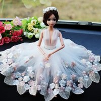 2017 New Creative Handmade Car Ornaments Wedding Dolls Hot Sale Cute Lace Car Ornaments to Send to Friends Wedding Ornaments