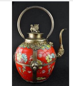 Antiguo trabajo hecho a mano cobre plata coleccionables chinos decorado tibet plata rojo porcelana León tapa grande tetera