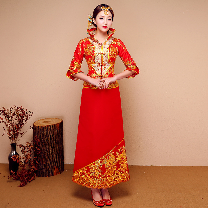 Traditional Chinese Wedding Gown Oriental Collars Vintage