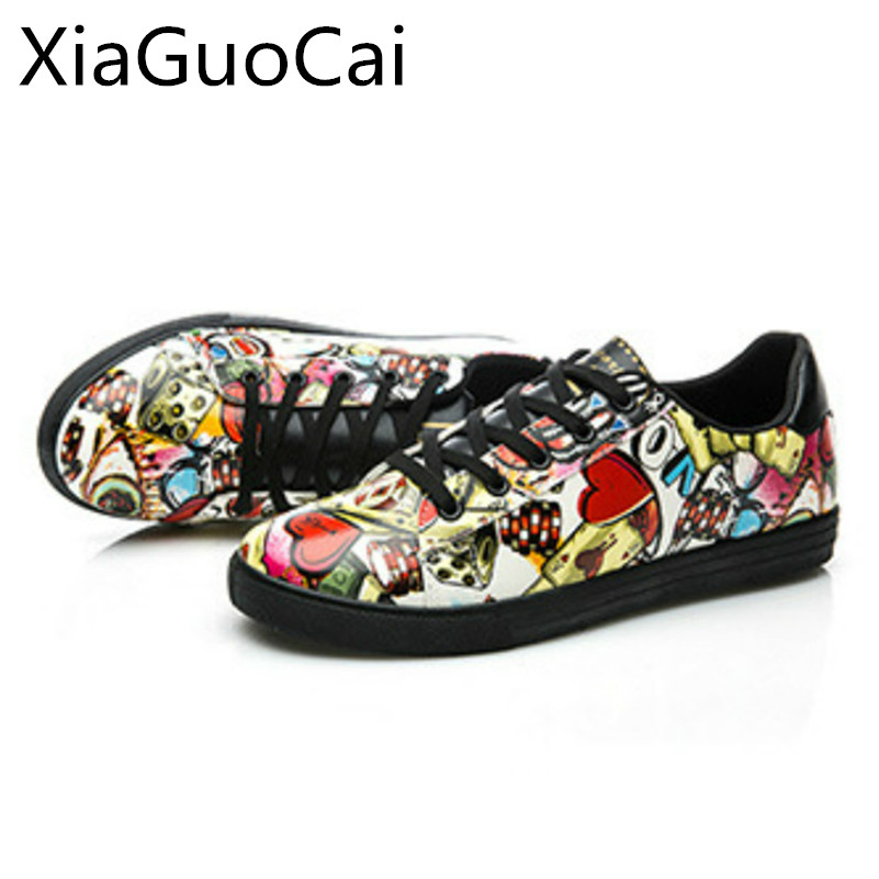 Retro Velvet Men Casual Shoes Flat Leather Sneakers for Students Low Top Spring and Autumn Casual Shoes Drop Shipping Lu8 35 high quality men fashion black white leather paint splatter low top casual shoes unisex luxury brand spring autumn flat shoes
